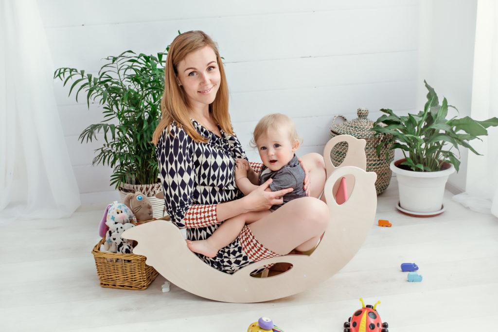 Handmade Wooden Toys Designer Anna - handgemachte Schaukeltiere, Schaukelpferde Designerin Anna