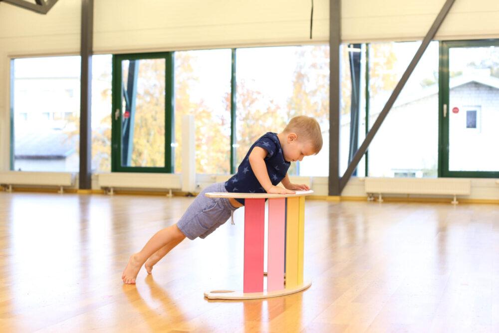 rocking toys educational toys improves awareness and posture - Schaukeltiere pädagogisches Spielzeug verbessert Bewusstsein und Körperhaltung