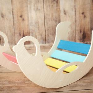 rocking toy birdie RAINBOW - Regenbogenschaukel Birdie regenbogenfarben, Seiten Naturholz
