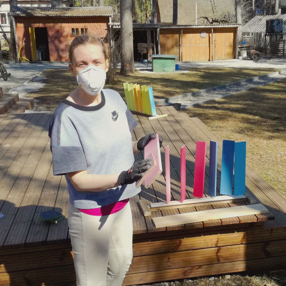 firts sanding outdoors - erstes Anschleifen im Freien